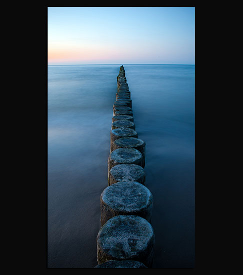 Groynes Background For Your LG Phone